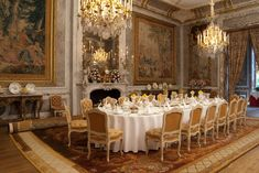 Dining Room ©WaddesdonManor, The Rothschild Collection(NationalTrust) Photo by Mike Fear