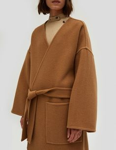 Oversize coat from J. Open front with tie-belt closure at waist. Pointed hem with slits. Cozy Fashion, Minimal Fashion, Autumn Fashion, Edgy Outfits, Everyday Fashion, Winter Outfits, Women Wear, Style Inspiration, My Style