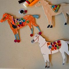 Maximus Magnet craft!  I glued magnets on the back of white horse cutouts.  The kids could color and glue gems on them. #horsecrafts #repunzel #maximux