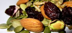 Easy Recipes for Cyclists: Cynthia's Paleo Trail Mix | Biking Fitness Plans and Advice | OutsideOnline.com