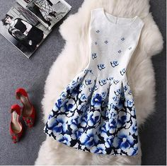 "Item Type: DressMaterial: PolyesterSleeve Length: SleevelessCollar: Round NeckPattern: PrintStyle: FashionColor: Photo ColorSize:XS (US size) Bust: 31-33"", Wais"