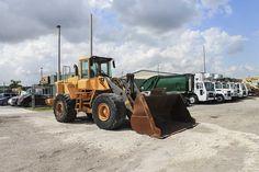 ER Truck & Equipment (@ERTruckMiami) on Twitter Dump Trucks For Sale, Aluminum Rims, Car Carrier, Heavy Duty Trucks, Used Trucks, Heavy Machinery, Sale Promotion, Peterbilt, Cummins