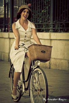 Tweed Ride Valencia 2013