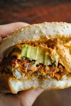 VeganSandra - tasty, cheap and easy vegan recipes by Sandra Vungi: The best spicy vegan Tex-Mex burgers