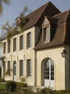 French Country House, French Cottage, French Farmhouse, French Country Decorating, Country Houses, Rustic French, French Style Homes, Country Style Homes, French Architecture