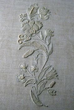 Wonderful Ribbon Embroidery Flowers by Hand Ideas. Enchanting Ribbon Embroidery Flowers by Hand Ideas. Embroidery Needles, Silk Ribbon Embroidery, Crewel Embroidery, White Embroidery, Embroidery Patterns, Machine Embroidery, Broderie Simple, Diy Broderie, Art Du Fil