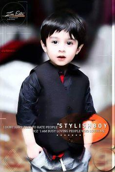 Cute Boy Pic, Cute Baby Boy Images, Baby Boy Pictures, Cute Boys, Cute Babies, Stylish Baby Boy, Stylish Little Boys, Cute Little Girls, Boys Dpz