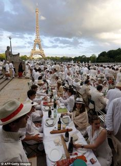 Baguettes seemed almost obligatory for dinner by the Eiffel Tower