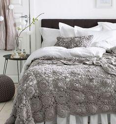 Bom dia!! Quem gosta de crochê aí? #croche #artesanato #decor #love #decoração #quarto #room #organizesemfrescuras