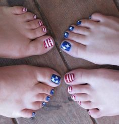 4th of July pedi, mother and daughter!