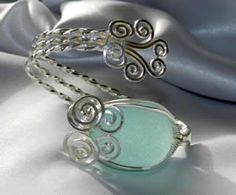 beautiful hand crafted jewelry made with all natural sea glass