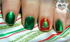 Prettyfulz: Christmas Nail Art 2011 * Mani & Pedi!!