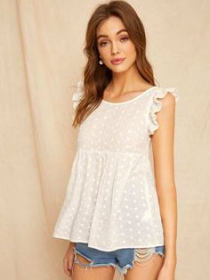 To find out about the Ruffle Trim Tie Back Smock Schiffy Top at SHEIN, part of our latest Women Tops ready to shop online today! Blouse Patterns, Blouse Designs, Ruffle Trim, White Ruffle Blouse, Mode Style, Corsage, Blouses For Women, Tops, Outfits
