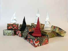 """Christmas Forest"" Merry Christmas Everyone! Paper Structure, Merry Christmas Everyone, Paper Folding, Paper Art, Origami, Christmas Tree, The Originals, Artist, Prints"
