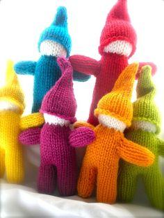 rainbow gnomes...I want a garden full!
