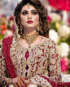Wedding Hairstyles 2020 Pakistani Bridal Hairstyles for Barat Function 2020 - Hairstyles Ideas Pakistani Bridal Hairstyles, Pakistani Wedding Outfits, Indian Bridal Outfits, Pakistani Wedding Dresses, Wedding Hairstyles, Pakistani Bridal Makeup Red, Bridal Mehndi Dresses, Bridal Dress Design, Bridal Lehenga Collection