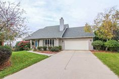 2608 Danville Ct  Fitchburg , WI  53719  - $369,900  #MadisonWI #MadisonWIRealEstate Click for more pics