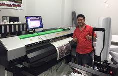 En Gamarra, Lima Perú con José. Perfilado de impresora China de sublimación.