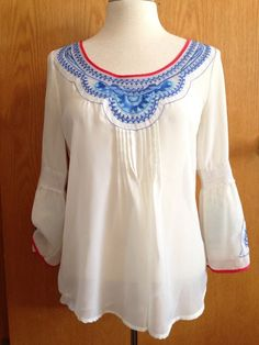 Blouse Boho Women's Top White Embroidered Hippie Chic Bell Sleeves M #Unknown #CasualBohoBlousewithBellSleeves #Casual