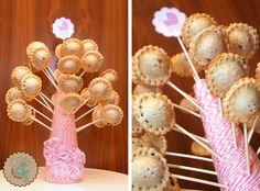Rosa Baby Shower Pie Pops Source by lottieandlil Pink Pie, Pie Pops, Baby Shower Cake Pops, Cakepops, Shower Ideas, Desserts, Blog, Pink, Ideas