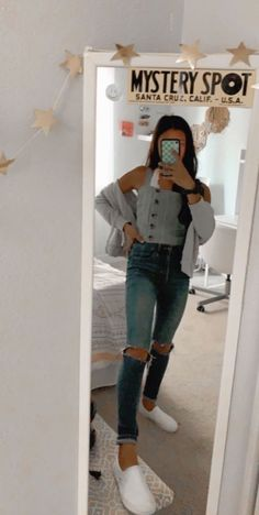 trendy outfits for school & trendy outfits . trendy outfits for summer . trendy outfits for school . trendy outfits for women . trendy outfits for summer 2020 Cute Lazy Outfits, Teenage Outfits, Cute Outfits For School, Teen Fashion Outfits, Outfits For Teens, Trendy Outfits, Cool Outfits, Cute Legging Outfits, Winter School Outfits