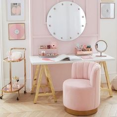 Bedroom Decor Discover Customize-It Simple A-Frame Desk Retro Home Decor, Home Office Decor, Girl Bedroom Designs, My New Room, Beautiful Bedrooms, Beautiful Mirrors, Home Collections, Girl Room, Room Inspiration