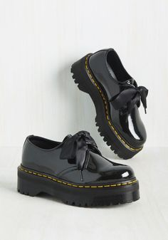 Creep It Real Shoe. Show the world youre a bona fide fashionista by sporting these black platforms with all sorts of ensembles. #black #modcloth