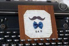 Si ya tienes escogido el regalo para el Día del Padre, ¿por qué no acompañarlo con una tarjeta de felicitación?. ¡Con estas tarjetas DIY no tienes excusa!