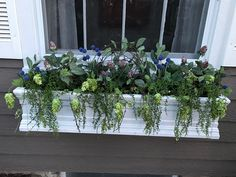I put Fake flowers in my window boxes ❤️ the finished project!!