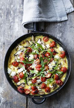 polenta bake with feta, tomato & mushrooms. yum!