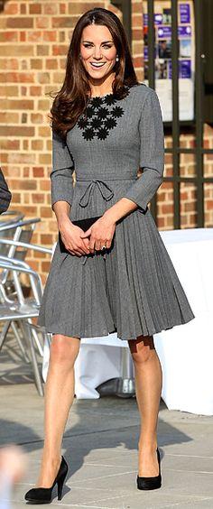 Kate Middleton - Pretty grey dress w/black detail and pumps