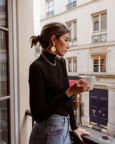 Gel kreme koje će u tren oka osvježiti izgled lica French Fashion, Look Fashion, Girl Fashion, Fashion Outfits, Parisian Fashion, Dress Like A Parisian, Parisian Chic Style, Style Chic Parisien, Sweaters Outfits