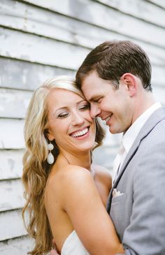 Summer blush Nashville wedding with rustic details, photographed by Graham Yelton | The Pink Bride www.thepinkbride.com