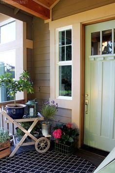 Spring Garden Decorating Ideas for Front Porch 1