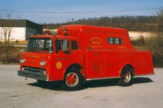 us Manchester Township,PA Alert Fire Company FORD +Gerstenslager Heavy Rescue 1960 Tow Truck, Ford Trucks, Ford Ambulance, Cool Fire, Fire Equipment, Rescue Vehicles, Fire Apparatus, Emergency Vehicles, Fire Dept