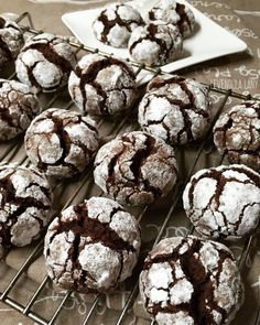 Chocolate Crackle Cookies are one of our most loved Christmas cookies. These cookies have a brownie like center and a soft crisp outside. Add these delightful cookies to your Christmas cookie tray! Chocolate Crackle Cookies, Chocolate Crinkles, Frozen Chocolate, Melting Chocolate, Apple Desserts, Chocolate Desserts, Cookie Tray, Crinkle Cookies, Cookies Ingredients