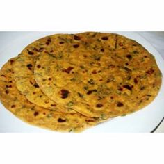 Buy ingredients for Methi Parathas online from Spices of India - The UK's leading Indian Grocer. Free delivery on Methi Parathas Ingredients (conditions apply). Indian Bread Recipes, Indian Flat Bread, Tea Time Snacks, Coriander Powder, Naan, Tasty Dishes, Chutney, Free Delivery, Curry