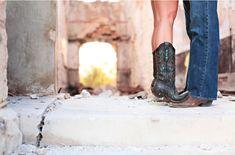 Adorable cowboy boot engagement shoot!