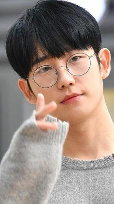Korean Art, Korean Drama, Korean Celebrities, Celebs, Queen Of The Ring, Jung In, Handsome Korean Actors, Swag Boys, Yoo Ah In