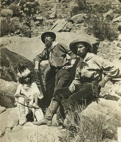Thomas Moran (middle)  and William Henry Jackson (right) in Piute country