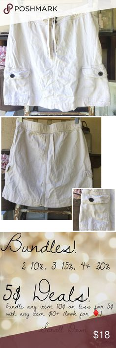 """SKORT Cargo Pockets Tie Waist Super versatile and easy to wear skort for every day and outdoor activities. Features drawstring waist, two side cargo pockets and shorts underneath. Waist 16"""" (uncinched), Length 18"""". Linen/rayon blend.  Shorts are cotton spandex blend. Please ask all questions prior to purchase. croft & barrow Skirts"""