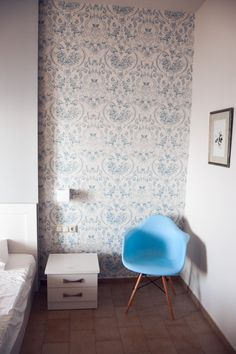 More interior love. I think I have a passion for light blue in combination with many white furnitures. Inspiration by our apartment at Corful.
