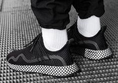 uk availability 01566 5866b adidas Deerupt S Black White BD7875 + BD7879 Info