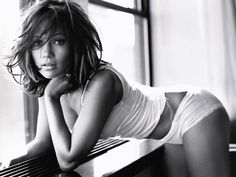J.Lo....I think she's the most beautiful woman!