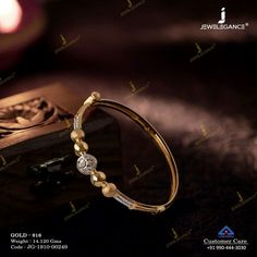 Beautiful and glamorous bracelet just for you. Gold Chain Design, Gold Bangles Design, Gold Jewellery Design, Pearl Necklace Designs, Gold Earrings Designs, Ear Jewelry, Jewlery, Gold Jewelry Simple, Just For You