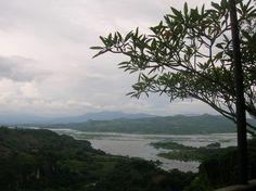 Suchitoto, El Salvador  http://www.buyandsellrvs.com/