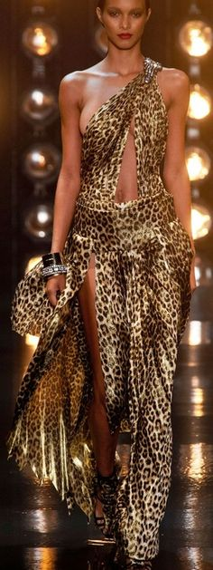 """Alexandre Vauthier, Spring Couture 2014 """"And the LORD said to Moses, """"Go to the people and consecrate them today and tomorrow. Have them wash their clothes. Leopard Fashion, Animal Print Fashion, Fashion Prints, Animal Prints, Motif Leopard, Leopard Prints, Oscar Dresses, Spring Couture, Before Midnight"""