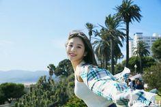 Photo album containing 25 pictures of LOONA South Korean Girls, Korean Girl Groups, Favorite Book Quotes, Fandom, Olivia Hye, Aesthetic Gif, Korean Aesthetic, Your Girl, K Idols