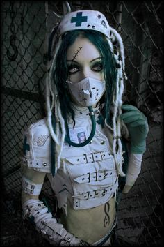 Spooky and cute, sort of. Abattoir Medical Surveyor by IztaJupiter on deviantART Cyberpunk Clothes, Cyberpunk Girl, Cyberpunk Fashion, Punk Outfits, Grunge Outfits, Goth Beauty, Dark Beauty, Goth Outfit, Apocalyptic Fashion
