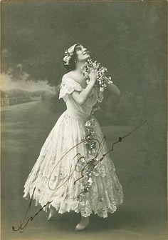 ANNA PAVLOVA Signed Photograph - Prima Ballerina Ballet Dancer - preprint